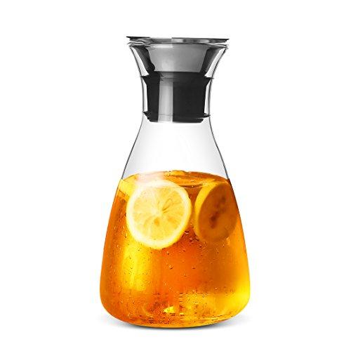 JIAQI Wasserkaraffe aus Borosilikatglas mit auslaufsicherem Deckel aus Edelstahl, für Heißes und kaltes Wasser sowie für Kaffee, Eistee, Saft und Wein geeignet, glas, durchsichtig, 1.5L